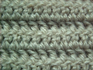 2.double stitch 300x225 Crochet Basics: How to SC, HDC, DC and TR