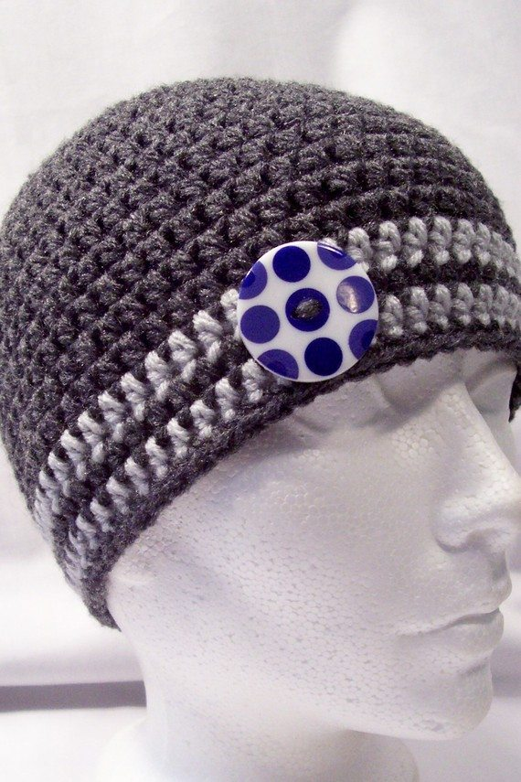 il 570xN.196457565 Crochet on Etsy: Skullcap with Button and other crochet hats