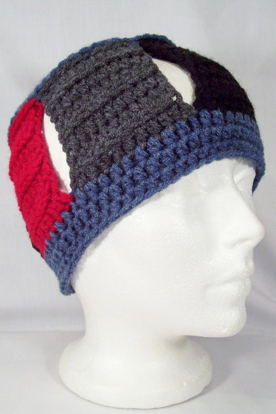 open crochet hat Crochet on Etsy: Skullcap with Button and other crochet hats