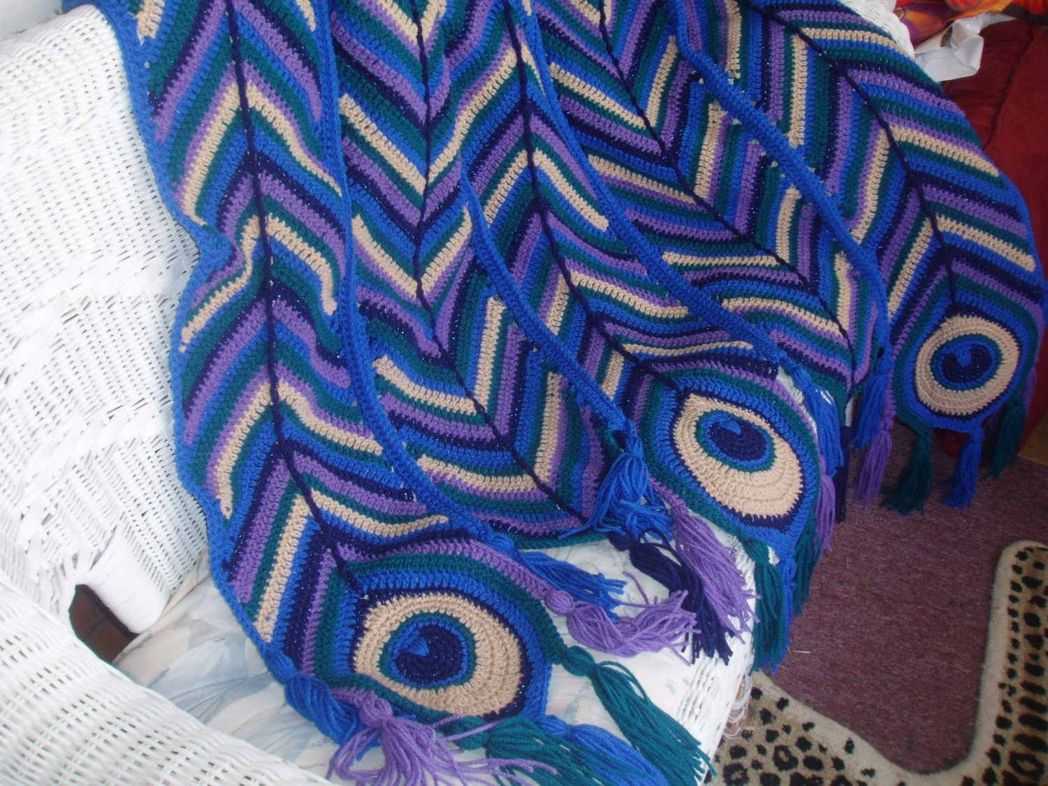 Free Crochet Pattern Peacock Feather Afghan : cro-peacock-afghan-0211