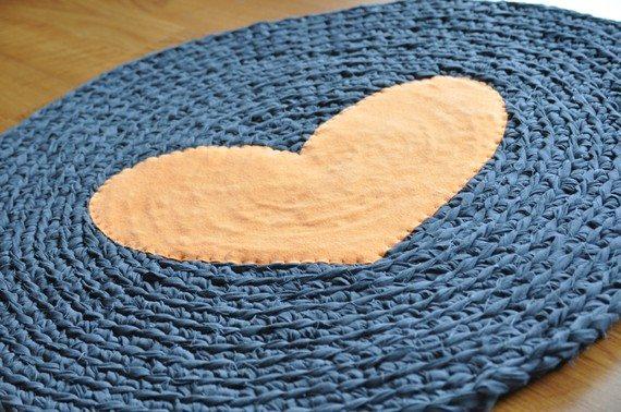 crochet heart rug