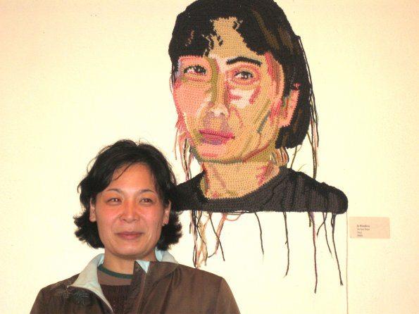 su lien amp su lien 595 Detailed Crochet Portrait Artist: Jo Hamilton