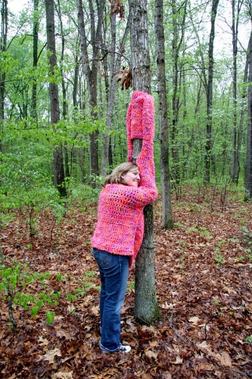 TreeHuggerDetailPinkSaraLR 500x750 Crochet Artist Sara Christensen Blair