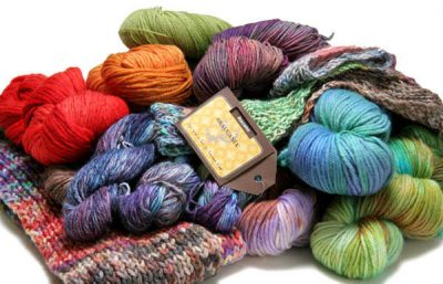 arucania yarn 400x257 Inspiration: 25 Different Yarns to Buy and Try