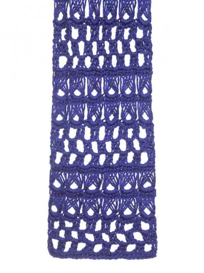 broomstick lace crochet 400x534 25 Different Ideas for Crocheting a Scarf