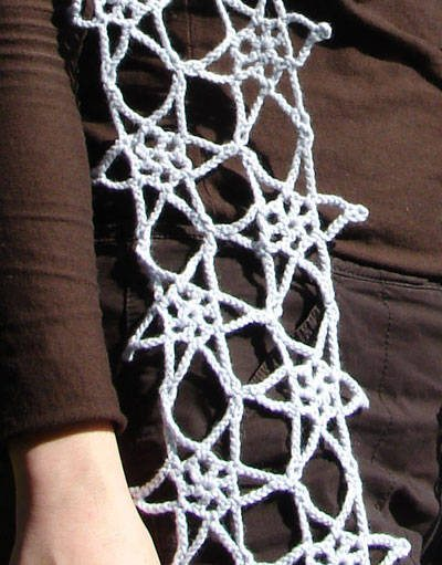 star crochet scarf 25 Different Ideas for Crocheting a Scarf