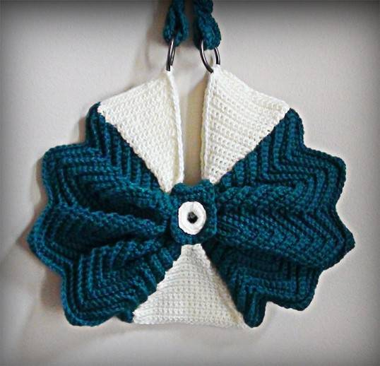 Crochet Handbag Pattern : 14. Crochet bag or purse
