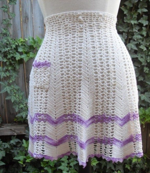il 570xN.167416693 500x578 Crochet on Etsy: Vintage Apron Skirt