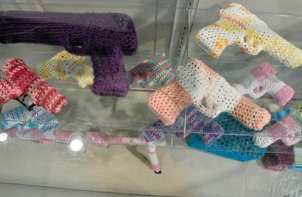 crochet gun