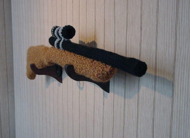 GMLZIWIs1 Male Crochet Artist Nathan Vincent