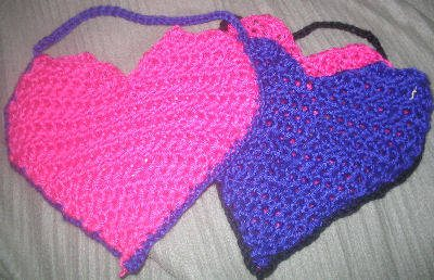 crochet hearts 25 Patterns I Want to Crochet for Blog a Long (Crochet Bag Patterns)