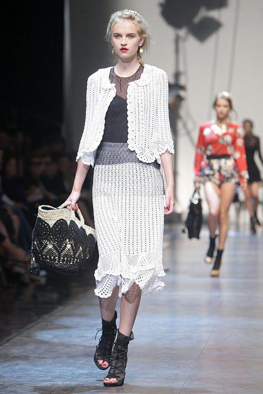 http://www.crochetconcupiscence.com/wp-content/uploads/2011/06/dolce-crochet.jpg