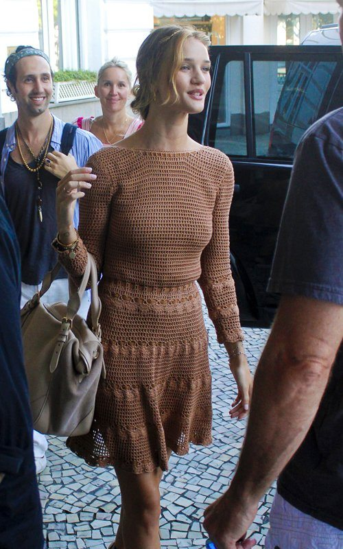 rosie hw 061911 16 More Celebrities Spotted in Crochet