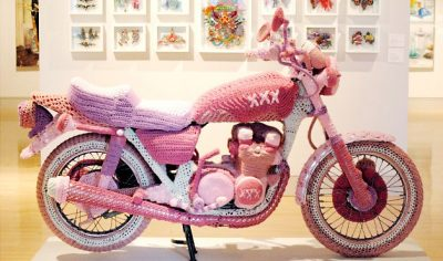 theresae honeywell motorcycle 400x236 25 Crochet Artists to Learn More About
