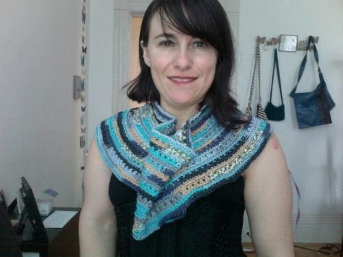 Photo on 2011 06 20 at 16.19 500x375 My Crochet: Convertible Capelet