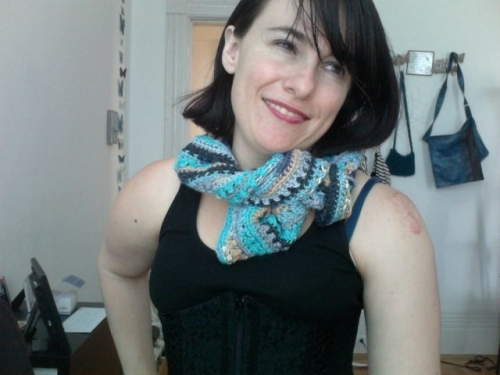 Photo on 2011 06 20 at 16.21 500x375 My Crochet: Convertible Capelet
