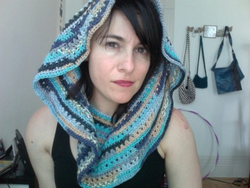 Photo on 2011 06 20 at 16.23 500x375 My Crochet: Convertible Capelet