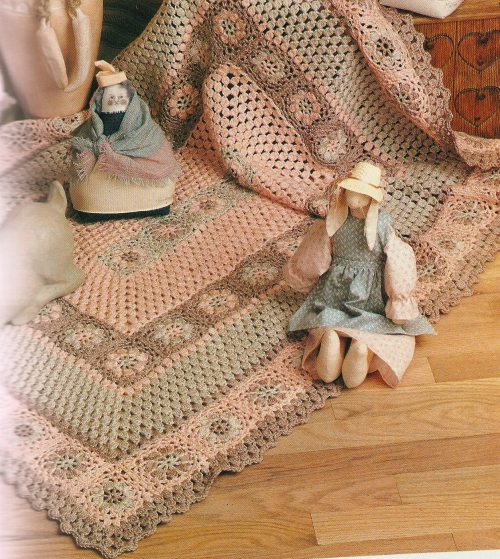 crochet 1 500x559 Crochet Book Review: Granny Squares Nanny Squares