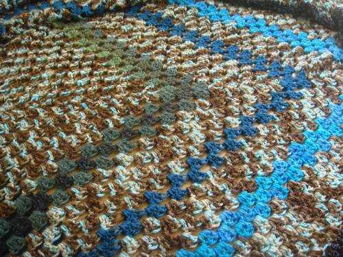 Post image for My Crochet: Large Granny Square Blankets
