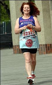hewer Susie Hewer Can Crochet While Running a Marathon