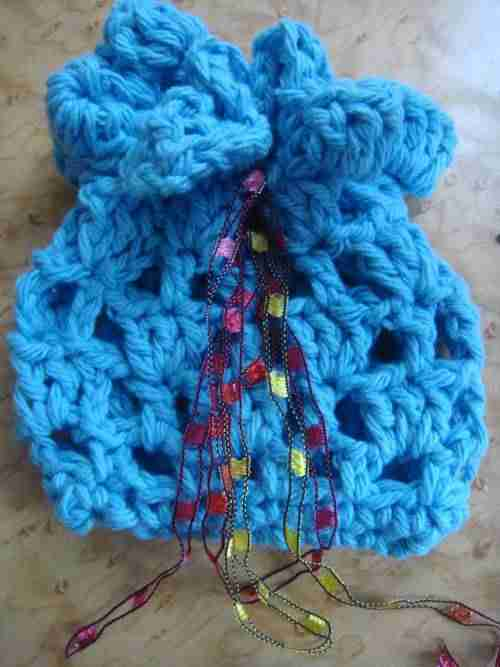 crochet bag Reviewing and Reorganizing Year of Projects