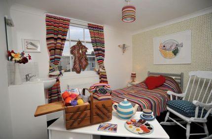 crochet and knit hotel room