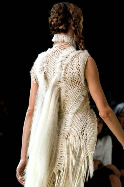 designer crochet2 Designer Crochet: The 50 Famous Fashion Designers Project