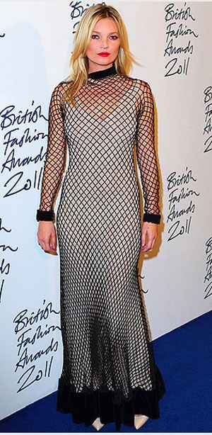 celebrity crochet2 December Celebrity and Designer Crochet Roundup
