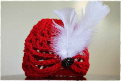 crochet hat2 500x333 Etsy Crochet Interview with Castaway Collection