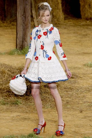 chanel crochet 10 Beautiful Crochet Skirts, Spotlighted on Pinterest