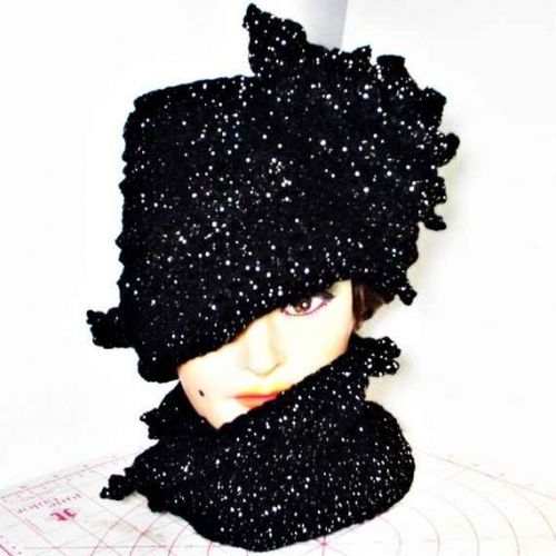 crochet hat 500x500 Etsy Crochet: Twisted Sparkly Cloche Hat