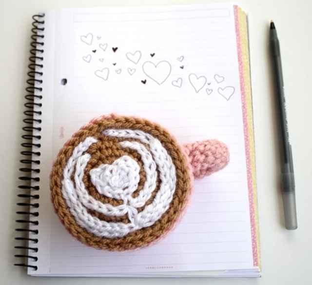 crochet latte art