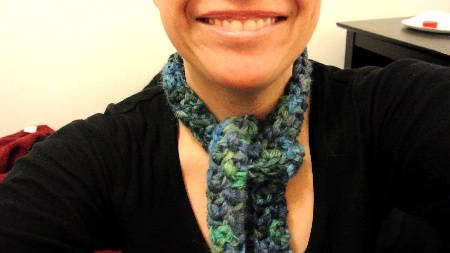 suri ribbon crochet scarf