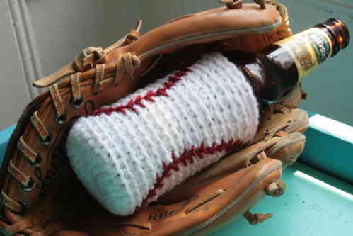 baseball crochet beer cozy Oscar Nominated Crochet