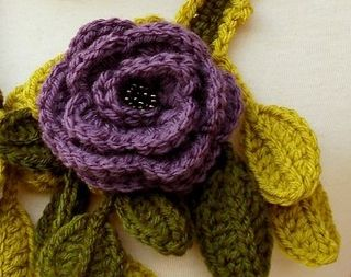 Post image for Etsy Crochet: Lariat Scarf
