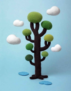crochet tree 234x300 Oscar Nominated Crochet