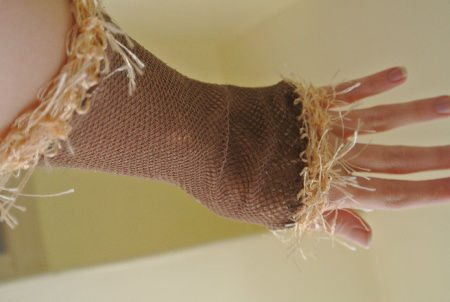 novelty yarn crochet fishnet armwarmer