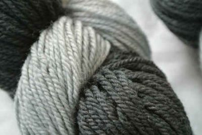 lornas laces yarn 400x268 10 Word Yarn Review: Lornas Laces Shepherd Sport