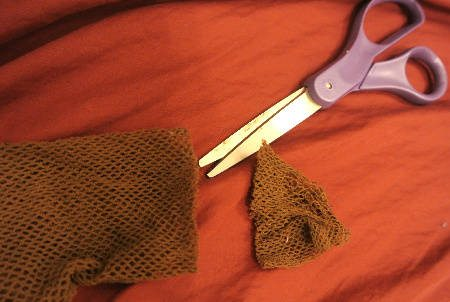 upcycle fishnets How to Upcycle Old Fishnets into Sexy Armwarmers
