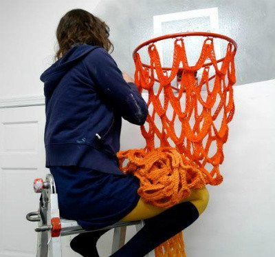 Post image for Basketballer Crochets Away Pre-Game Jitters