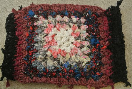 Post image for Small Rag Rug: 1st Try