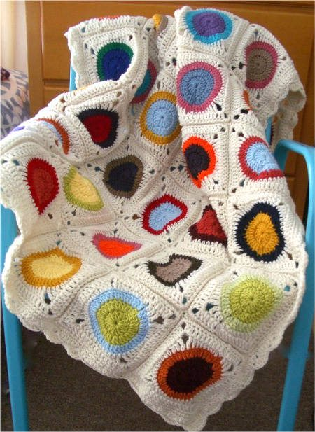 Post image for Etsy Crochet: Circles in Granny Squares Blanket