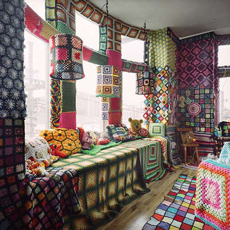 crochet whole house Living Inside of Crochet: Crocheted Rooms, Tents and More