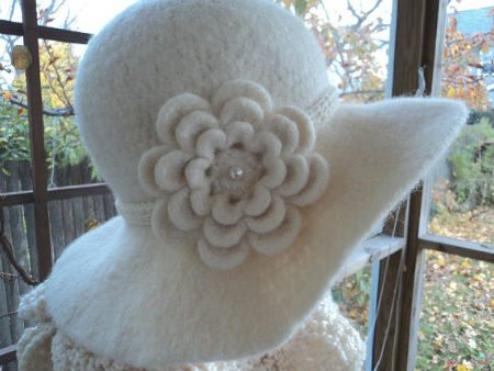 felted crochet hat Etsy Crochet: 1920s Inspired Felted Hat and Ruffled Scarf