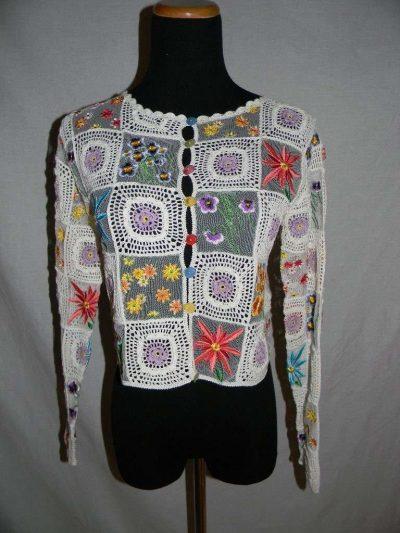 moschino granny square 400x533 Designer Crochet: Franco Moschino