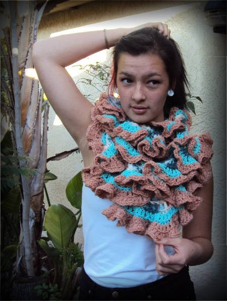 ruffled crochet infinity scarf 100 Unique Crochet Scarves