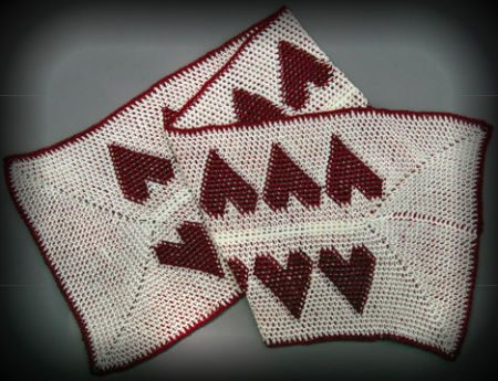tapestry heart crochet scarf