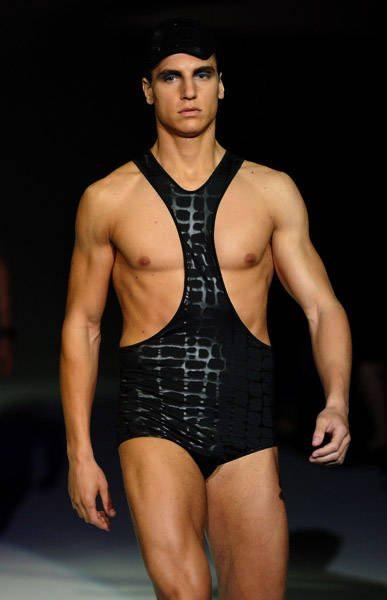 armani mens swimsuit Designer Crochet: Giorgio Armani