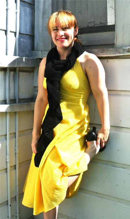 black scarf How to Match Your Crochet Scarf to A Yellow Dress