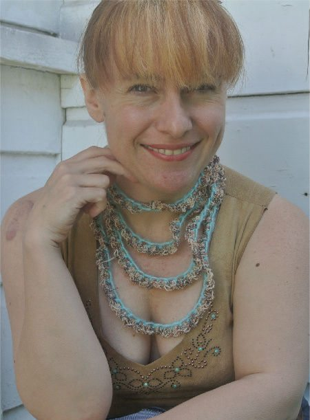 cochet jewelry Same Crochet Necklace 3 Ways